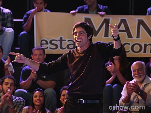 Ernesto comemora a volta ao jogo (Foto: Camila Camacho / TV Globo)