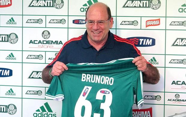 José Carlos Brunoro homenagem Palmeiras (Foto: Gustavo Serbonchini)