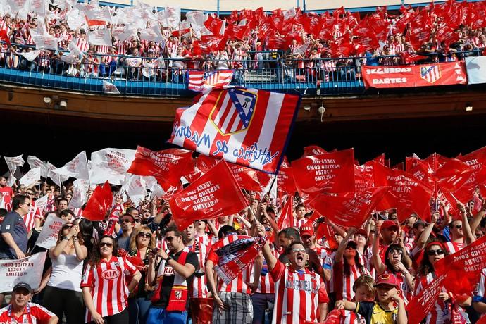 torcida atletico madri x malaga (Foto: AFP)