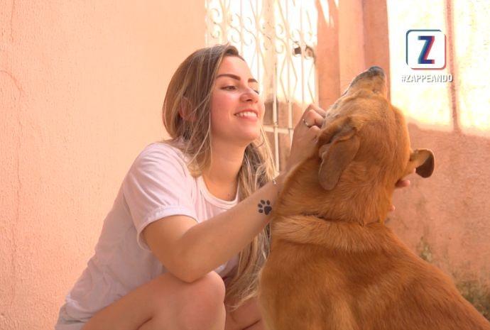 Programa mostra histórias de quem adotou animais (Foto: Zappeando)