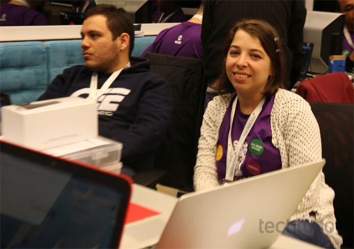 Camila Monteiro, umas das convidadas para o Hackahton Globo (Foto: Isabela Giantomaso / TechTudo)