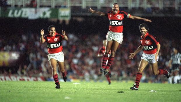 Centenário Flamengo x Botafogo - Junior 1992 (Foto: Agência Estado)