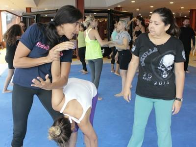 Érica Paes, projeto Eu Sei Me Defender, MMA, jiu-jítsu (Foto: Adriano Albuquerque)