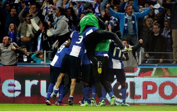 Porto comemora contra Benfica (Foto: Reuters)