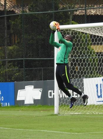 Caíque goleiro seleção brasileira sub-20 (Foto: Lucas Loos / GloboEsporte.com)