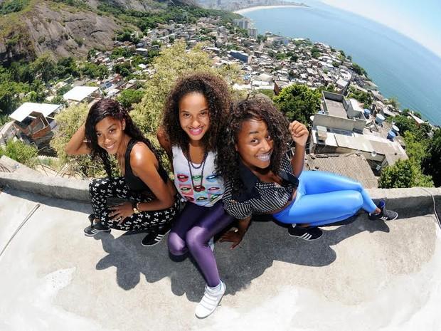 Trio Pearls Negras levará rap do Vidigal para o mundo (Foto: Alexandre Durão/ G1)