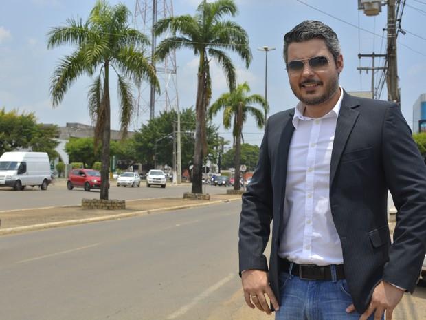 Delegado Thiago Flores diz que Avenida Tancredo Neves é um dos lugares preferidos (Foto: Jonatas Boni/ G1)