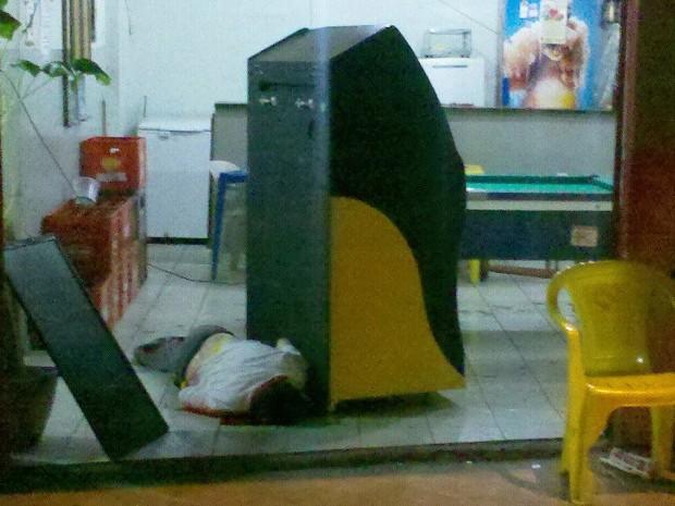 Vítimas baleadas em Piracicaba estavam em bar (Foto: Valter Martins/ piracicabaemalerta)