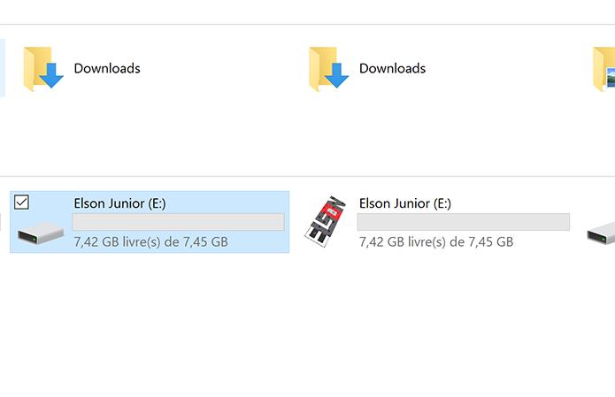Windows permite que usuário personalize o ícone do pendrive facilmente (Foto: Reprodução/Elson de Souza)