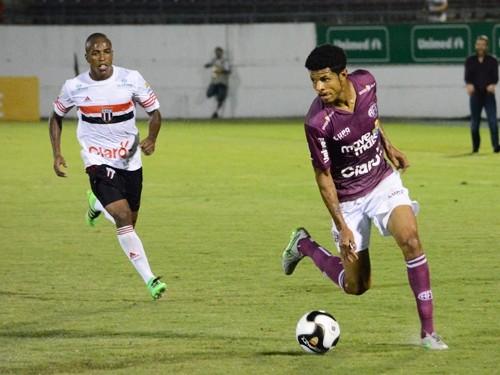 Jogo da série A-3 entre Ferroviária e Botafogo (Foto: : Leonardo Fermiano/Ferroviariasa)