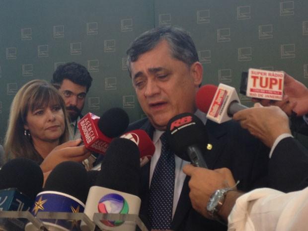 Líder do governo na Câmara dá entrevista sobre CPMF (Foto: Marianna Holanda/G1)