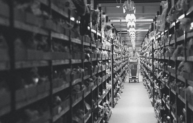 Centro de distribuição da Amazon em Rugeley, no Reino Unido  (Foto: Simon Dawson/Bloomberg via Getty Images)