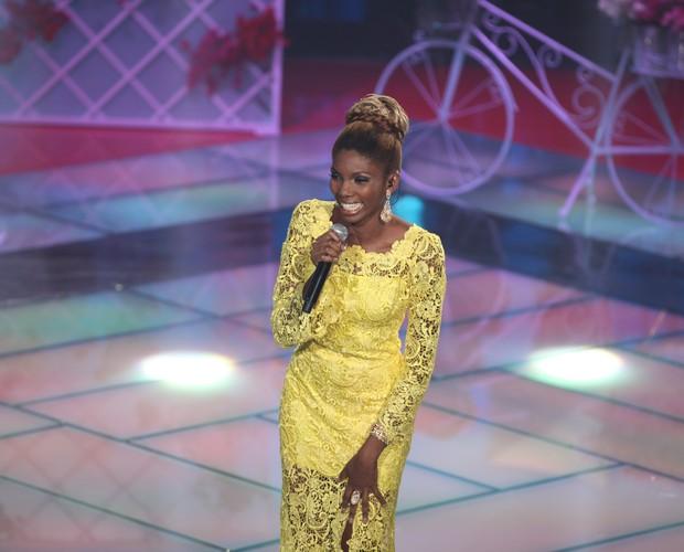 Késia Estácio se apresenta no quarto dia de etapa ao vivo do The Voice Brasil (Foto: The Voice Brasil/TV GLOBO)