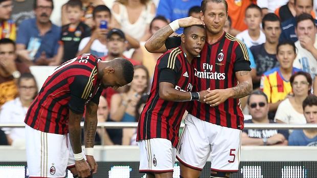 Robinho comemoração gol Milan contra Valencia (Foto: AFP)