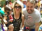 Antônia Fontenelle leva filho de 7 meses a bloquinho de Carnaval