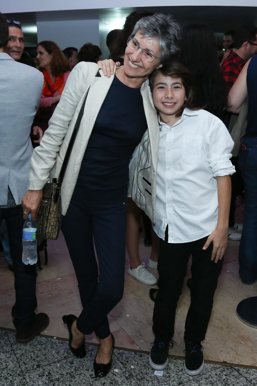 Cássia Kis e o filho Miguel (Foto: Roberto Filho/Brazil News)