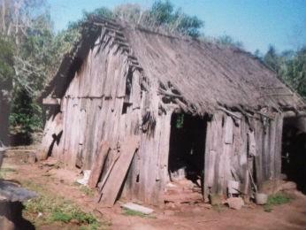 """Casa onde Edimara Soares nasceu e viveu até os 15 anos, no quilombo """"sem nome"""" em Formigueiro (RS)  (Foto: Arquivo pessoal)"""