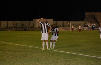 Após câncer, Larramendi estreia no Treze com gol e promete o título