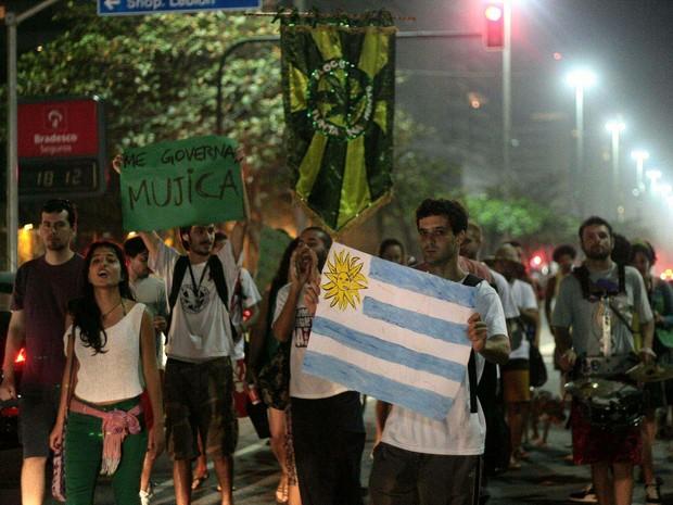 Marcha da Maconha pede governo Mujica no Rio de Janeiro (Foto: Ale Silva/ Estadão Conteúdo)