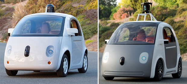 Versão final do carro autônomo Google, ao lado do protótipo original (Foto: Google)
