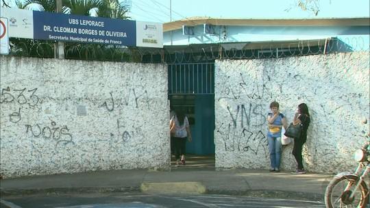 Pacientes em Franca, SP, enfrentam meses de espera para agendar consultas médicas na rede pública