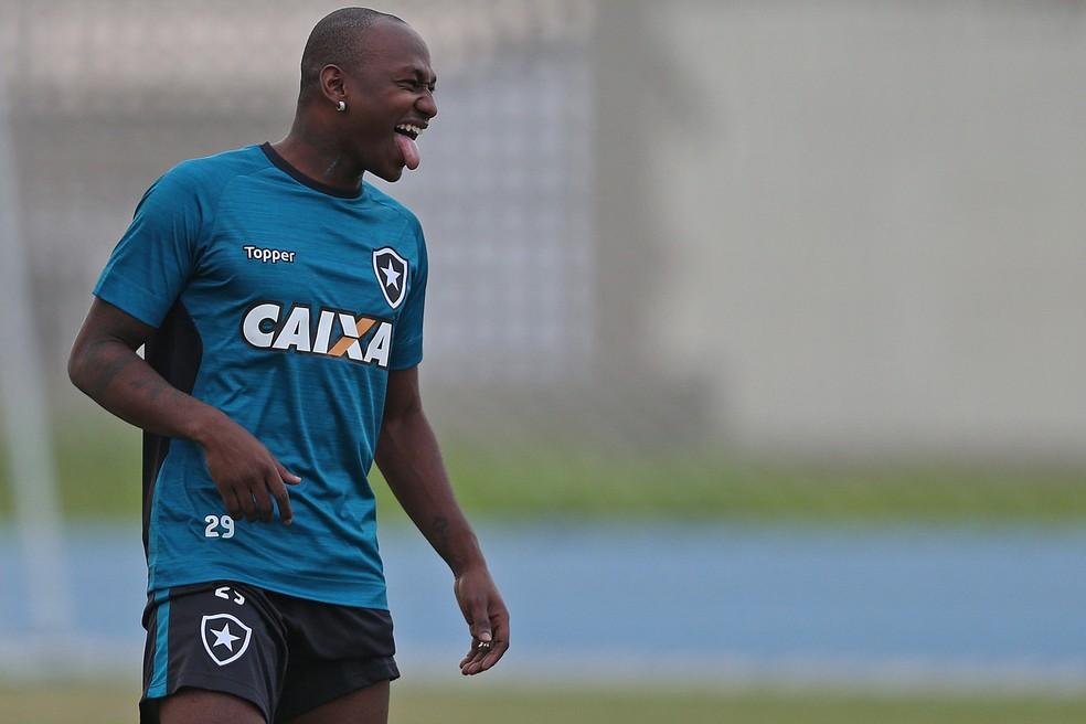 3de84fb01d Sassá Botafogo (Foto  Vitor Silva   SSpress   Botafogo)