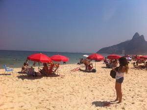 No Rio, o calor intenso na manhã e tarde desta quarta-feira (19). (Foto: Cristiane Cardoso/G1)