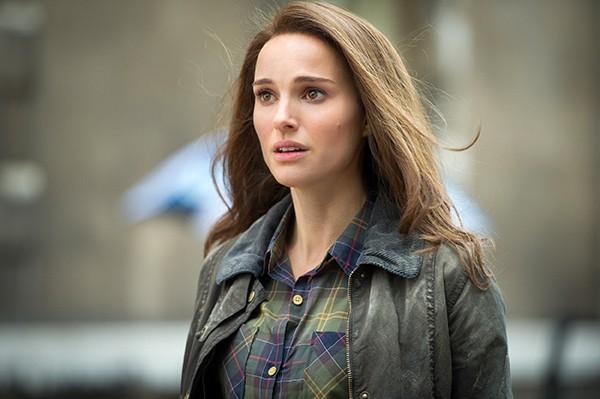 Natalie Portman em 'Thor: O Mundo Sombrio' (2013) (Foto: Divulgação)