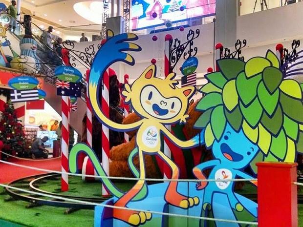 Mascotes olímpicos enfeitam decoração em shopping na Zona Norte (Foto: Divulgação/Carioca Shopping)
