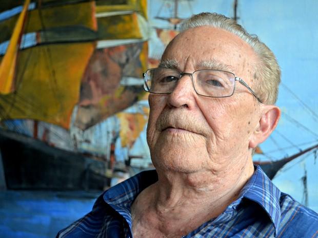 Com mais de 90 anos, Sansão realiza exposição em Rio Branco (Foto: Veriana Ribeiro/G1)