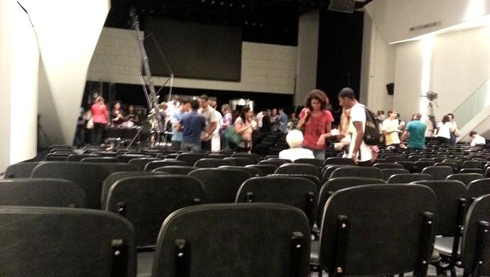 Fred Fluminense em culto na Igreja Evangélica (Foto: Hector Werlang)