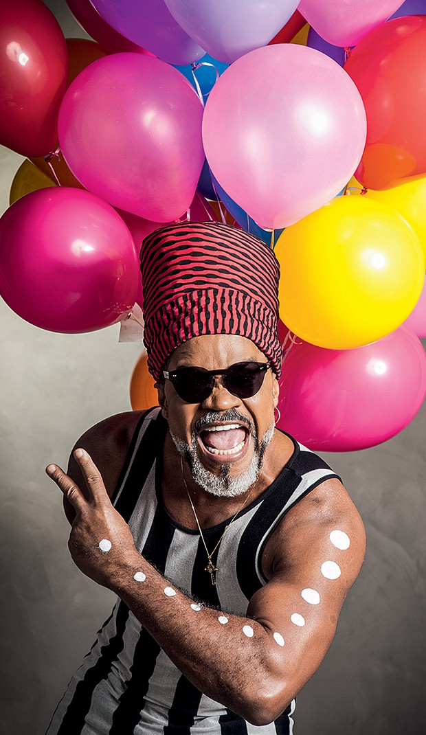Carlinhos Brown, sucesso no The  Voice Kids: programa termina em abril  (Foto:  )