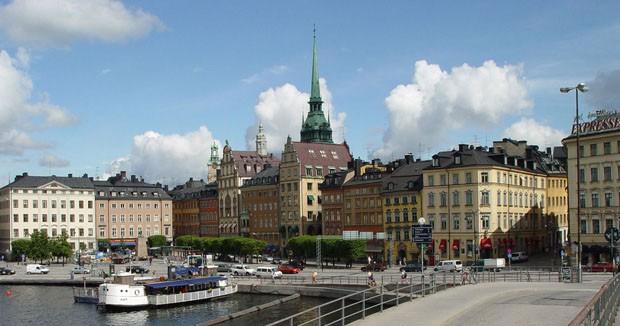 (Foto: Wikimedia Commons / Godewind / http://commons.wikimedia.org/wiki/File:Stockholm-Altstadt-(gamla-stan).jpg )