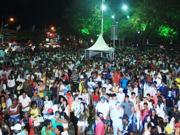 Festa contou com shows DJs, bandas, duplas regionais e pirotécnico (Foto: Prefeitura Municipal de Ji-Paraná/Divulgação)