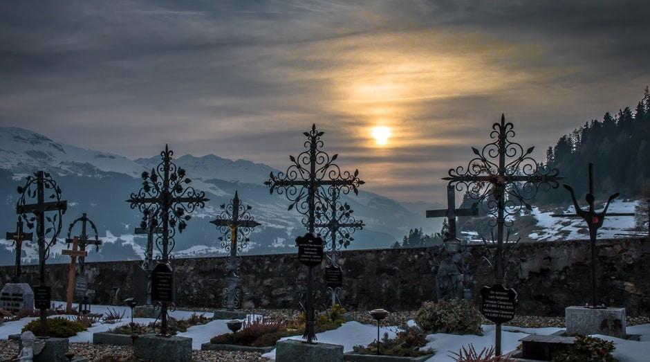 cemiterio, funeral, caixao, morte (Foto: Pexels)