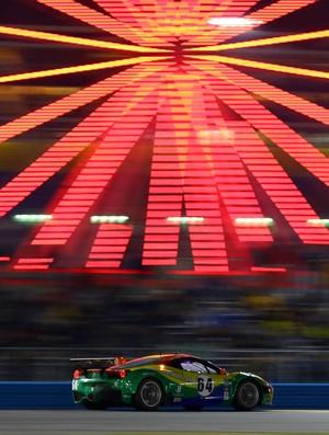Ferrari da equipe brasileira nas 24 Horas de Daytona 2013 (Foto: Carsten Horst / divulgação)