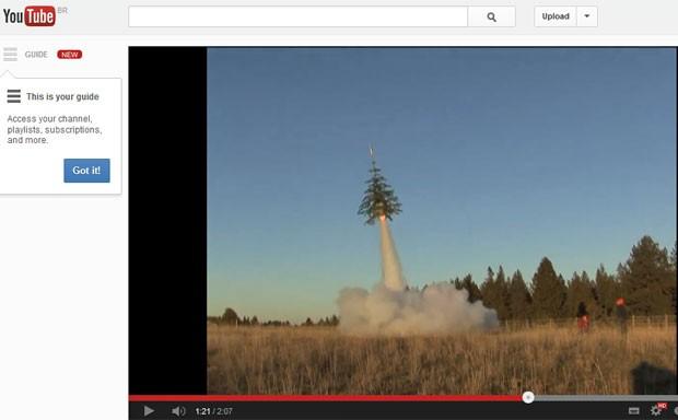 Vídeo mostra lançamento de árvore de Natal (Foto: Youtube/Reprodução)