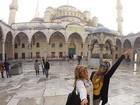 Bia Feres e Branca Feres viajam de férias para a Turquia