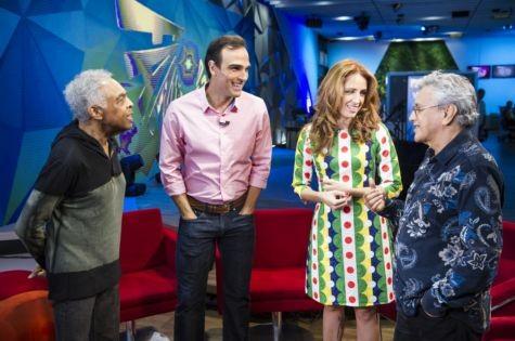Poliana Abritta e Tadeu Schmidt entrevistam Gilberto Gil e Caetano Veloso (Foto: Globo/ João Cotta)