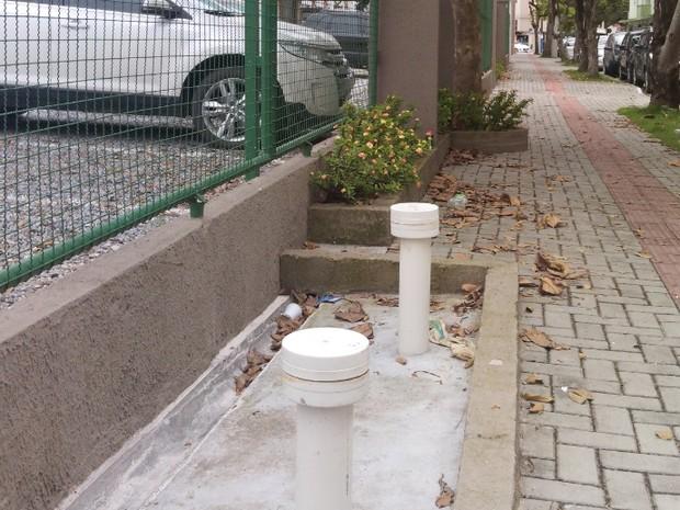 Engenheiro afirma que já viu banheiro público para cachorros em outros países (Foto: Luiz Carlos de Souza/RBS TV)