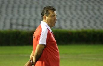 Zé Teodoro sai contente com evolução do Galo apesar da derrota na estreia