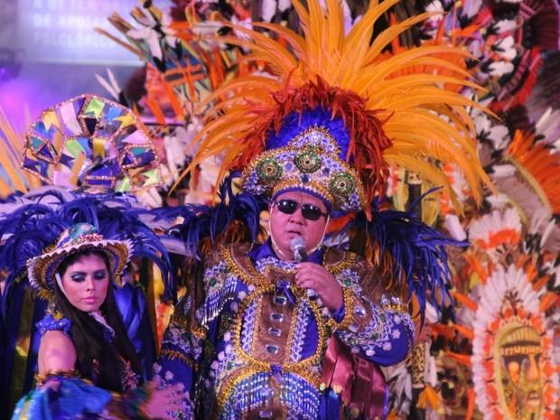 David Assayag agitou a galera ao som de 'Viva a Cultura Popular!' (Foto: Frank Cunha/G1 AM)