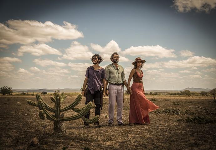 Domingos Montagner gravou cenas finais de 'Velho Chico' ao lado de Camila Pitanga e Gabriel Leone (Foto: Renan Castelo Branco/ Gshow)