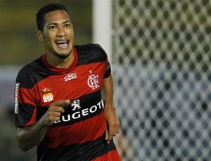 Hernane comemora, Flamengo x Remo (Foto: Wagner Meier/Agência Estado)