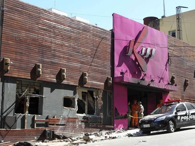 Fachada da boate Kiss, após incêndio que deixou ao menos 233 mortos (Foto: Reuters)
