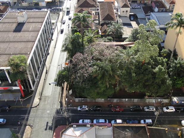 Imagem aérea da área do palacete Jorge Lobato, no centro de Ribeirão Preto (Foto: Fernando Machado/ G1)