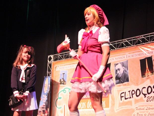 Irmãs, que representaram Sakura, venceram o concurso. (Foto: Jéssica Balbino / G1)