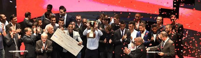Flamengo Campeão Campeonato Carioca 2017 - Prêmio Campeonato Carioca (Foto: André Durão)