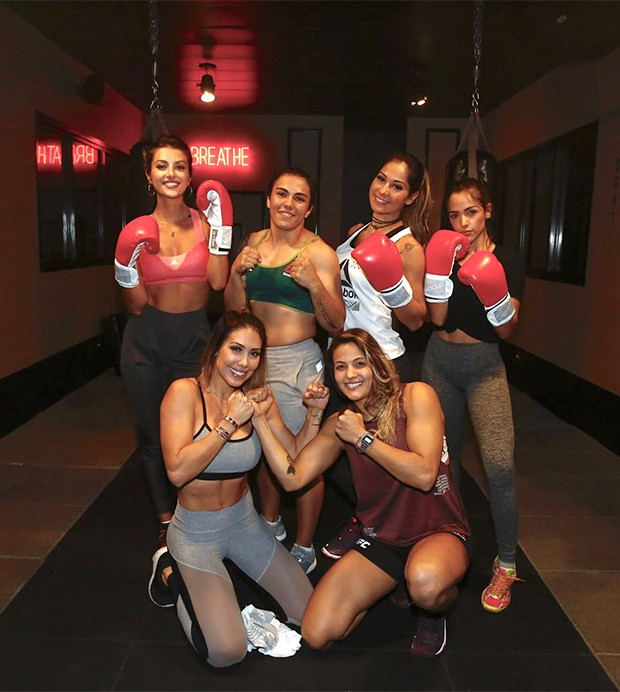Equipe feminina (Foto: Thiago Bernardes/ Ed. Globo)