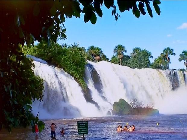 Cachoeira Salto das Nuvens, Tangará da Serra, município que faz aniversário nesta sexta-feira (Foto: Reprodução/TVCA)